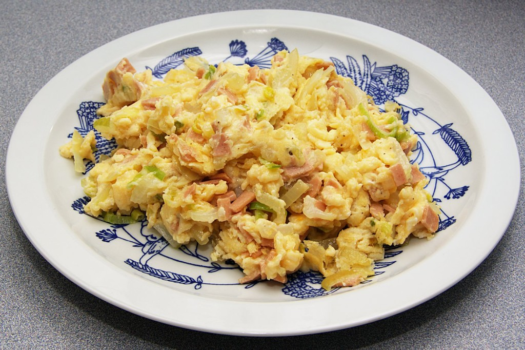 Jajecznica z szynką sojową